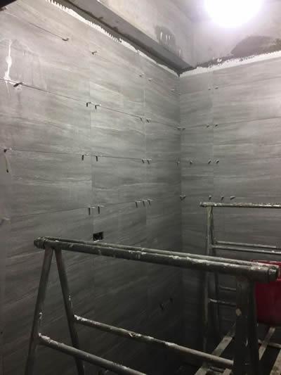 屏東浴室興建-鋪地磚