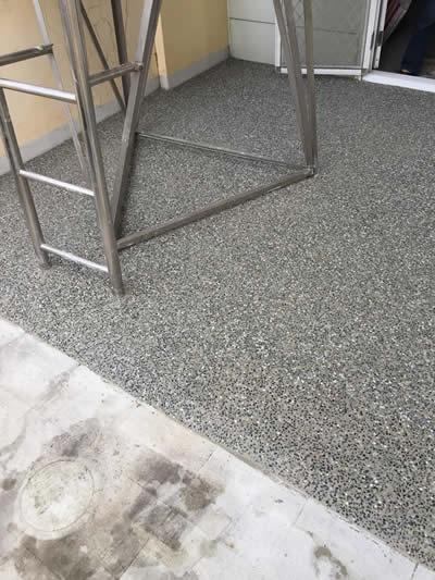 抿石子工程-貼磁磚